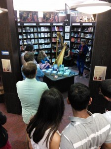 bookshop crowd